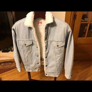 Levi's winter jacket size S